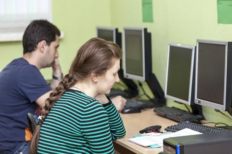 Курсы 1с бухгалтерия в минске госуслуги открыть ип с регистрацией в другом городе рф